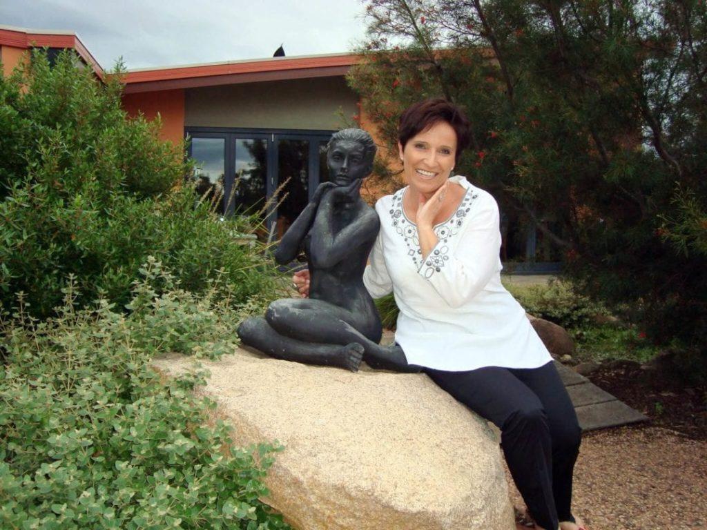 Katja Birrer in Meringa-Springs in den Grampians Australiens