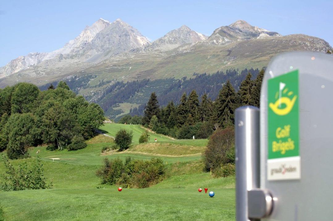 Golf-Fairways im Golfplatz von Brigels, Graubünden