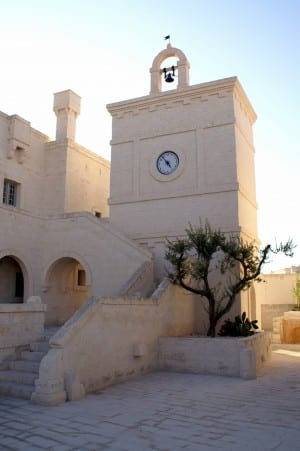 Little-church-borgo-egnazia-300x451