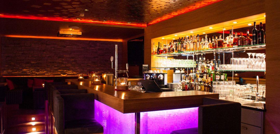 Hotelbar des Golfhotels Holzleiten in Tirol