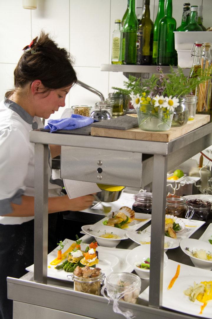 Küchenchefin Maria Gross im Matthiol Hotel