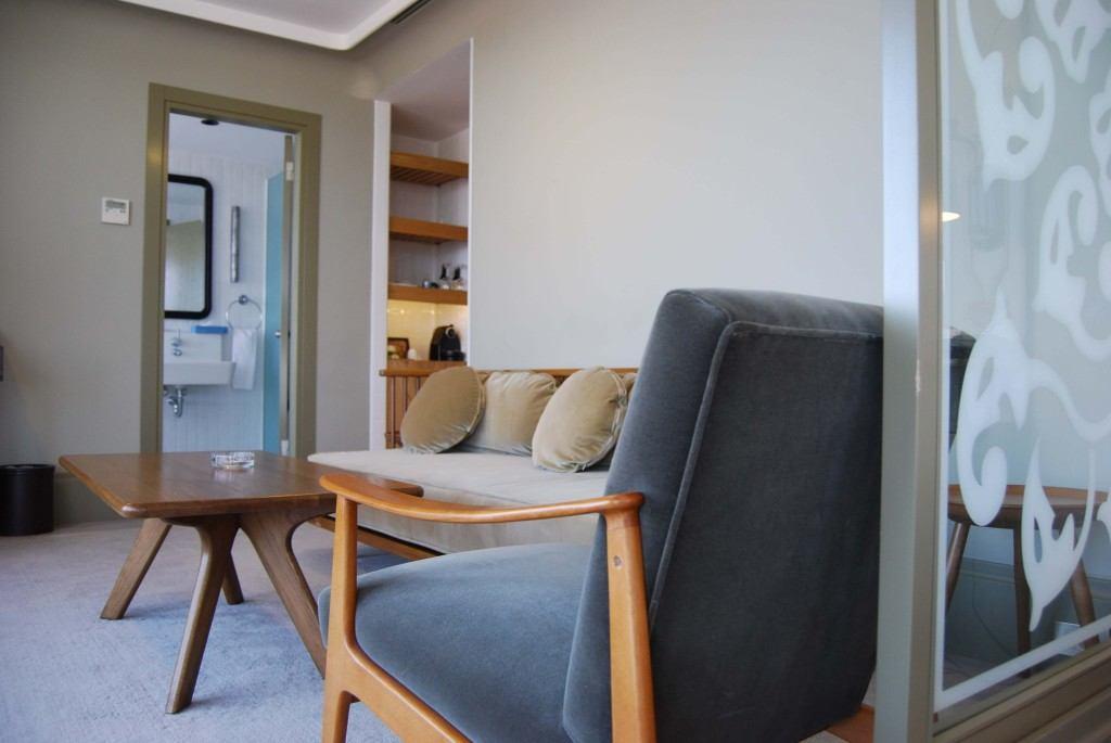 Stylische Sitzmöbel in der Junior Suite