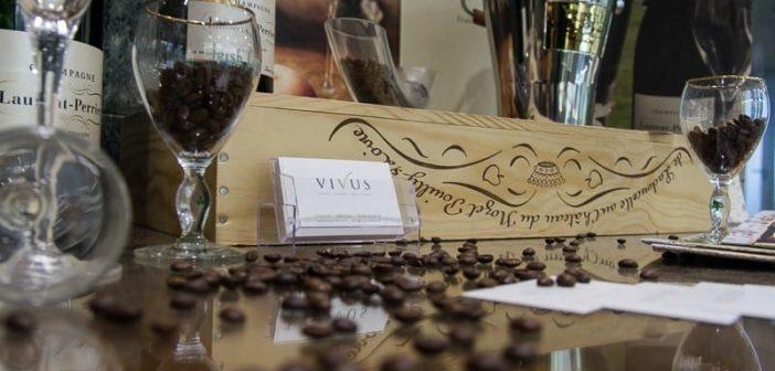 VIVUS Restaurant Dekoration in der Hotellobby des Steigenberger Zürich