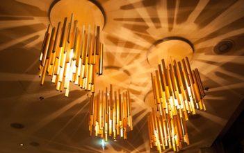 "Lampen im Restaurant ""The Grill"" im Hilton Garden Inn Davos"