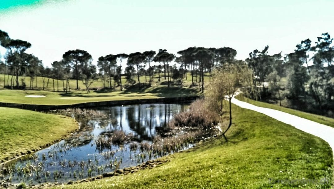 PGA Catalunya Golf Tour Course See und Green 3