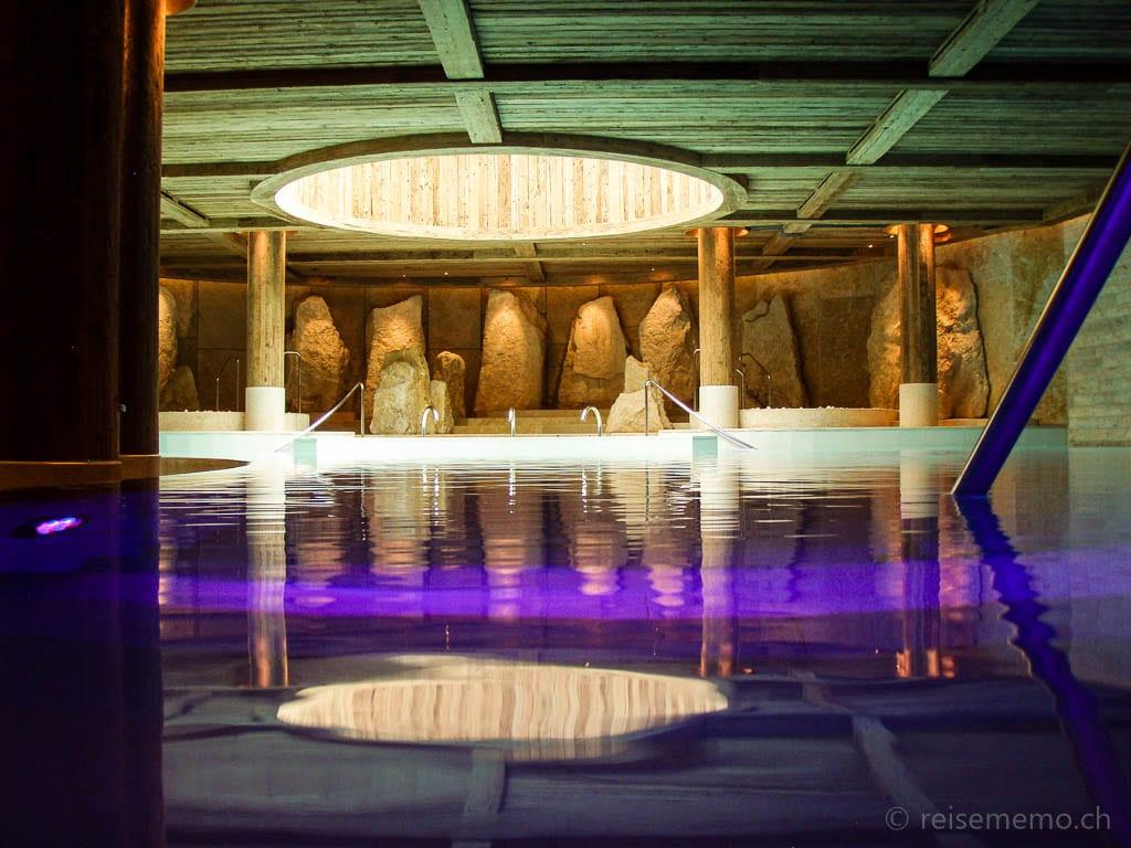 Pool des Six Senses Spa The Alpina Gstaad