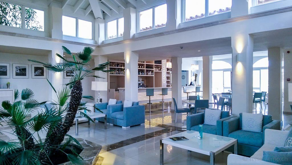 Canyamel Golf Clubhaus Sofa