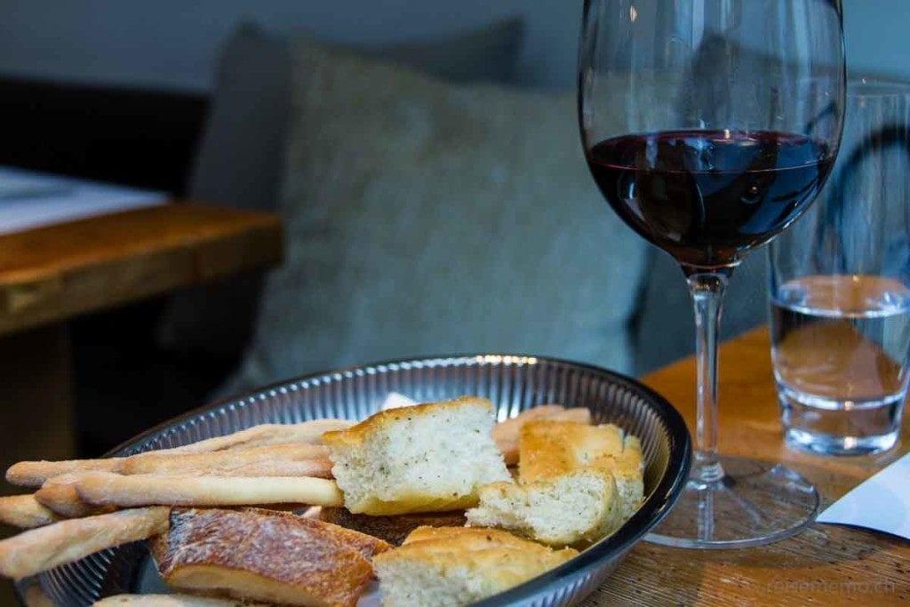 Rebello-Wein und Focaccia