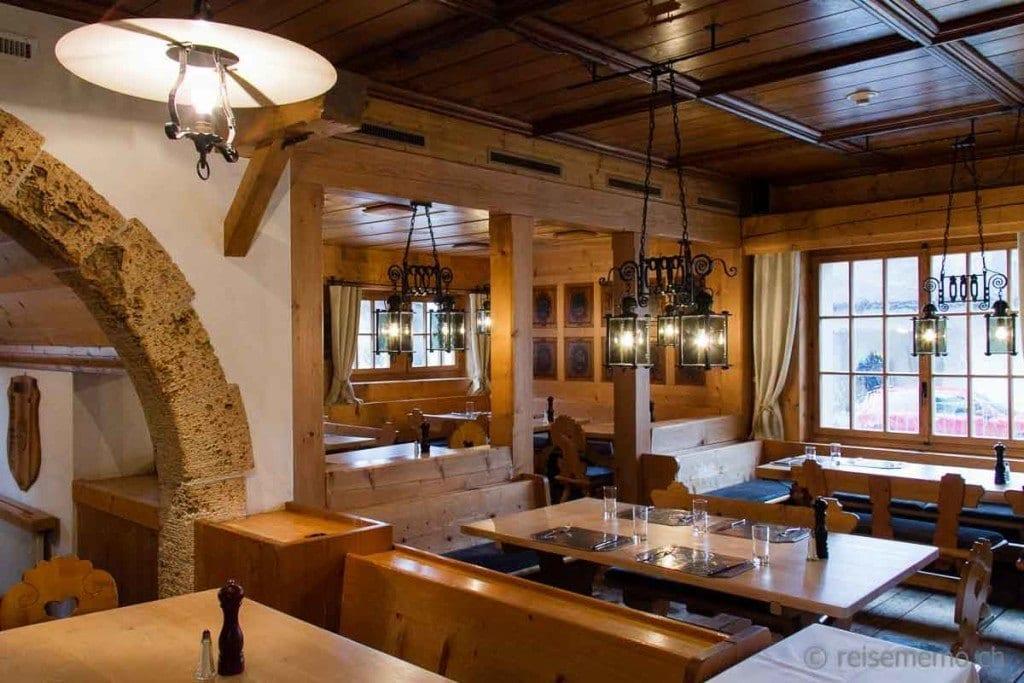 Traditionelles Schweizer Restaurant Stafel