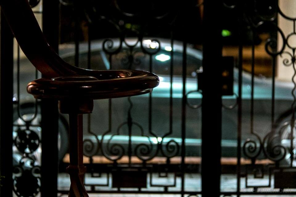 Bentley in der Fairmont Montreux Vorfahrt