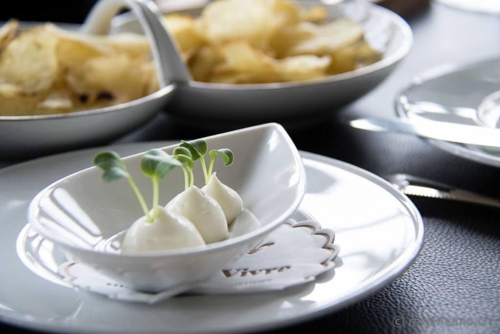 Butter und Kartoffelchips