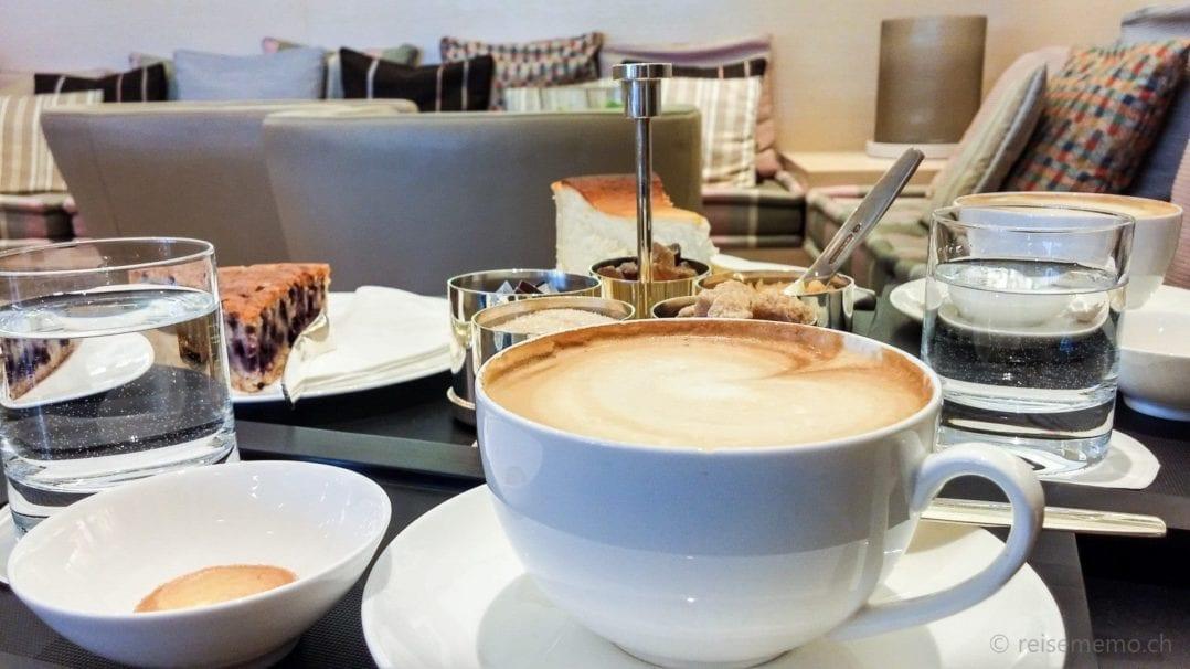 Kaffee und Kuchen im Golfhotel Budersand auf Sylt