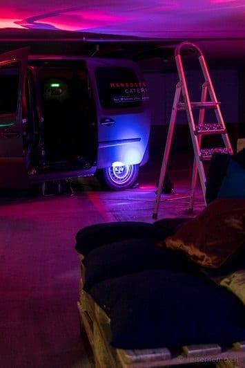 Improvisierte Eventlocation in der Tiefgarage des Marriott Zürich Hotels