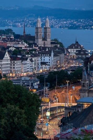 Aussicht von der Panorama-Suite auf Zürich und den Zürichsee