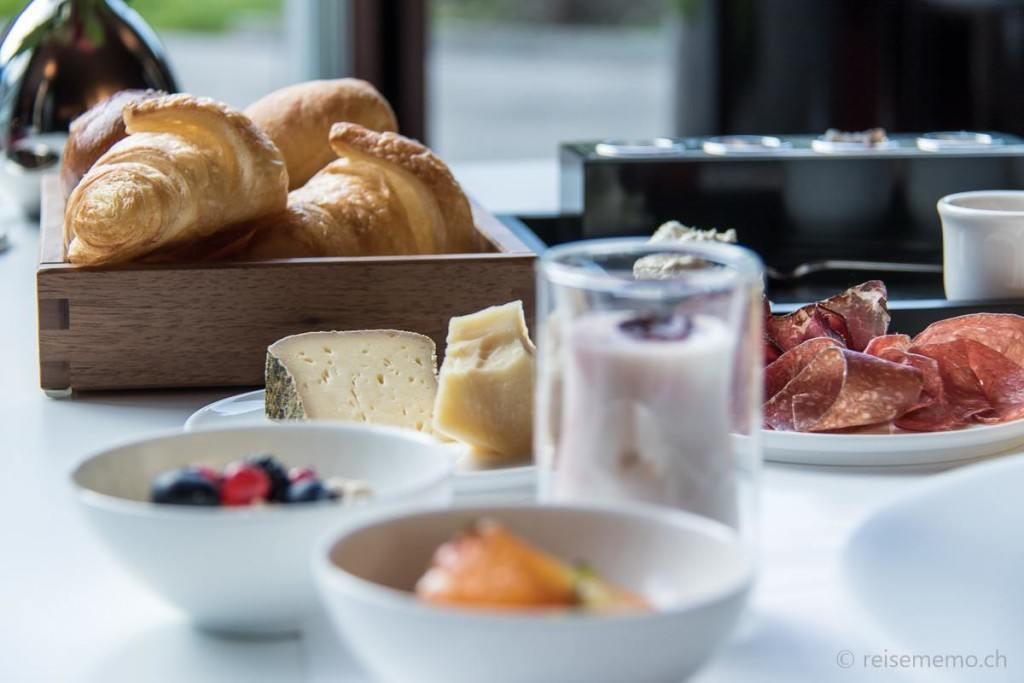 A la carte Frühstück im Restaurant Silver