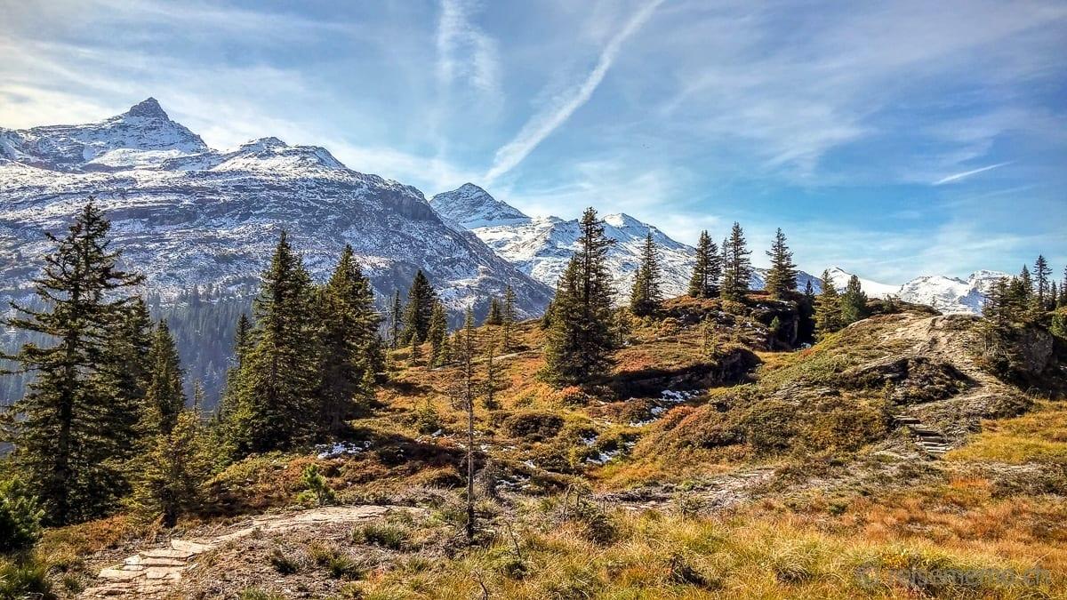 Panorama trail from Gadastatt to Zervreila