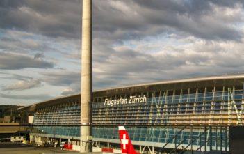 Fassade des Airside Center Flughafen Zürich