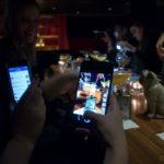 Food-Blogger an der Bar