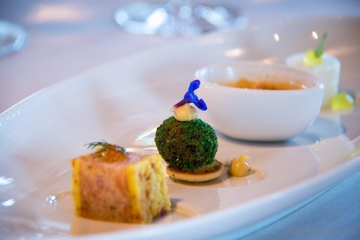 Amuse-bouche of salmon, asparagus cream brulé and lemon gelee