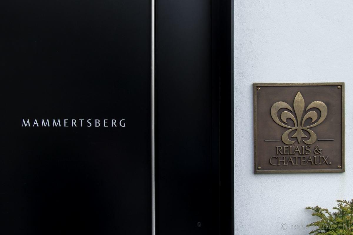 Mammertsberg restaurant and hotel entrance