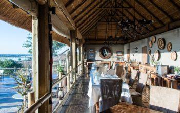 Offenes Restaurant der Ngoma Safari Lodge
