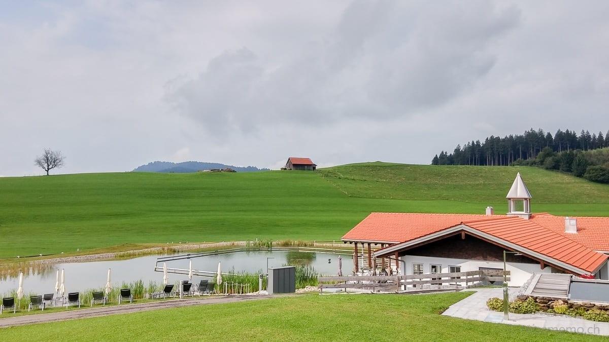 Haus am See mit Saunasee