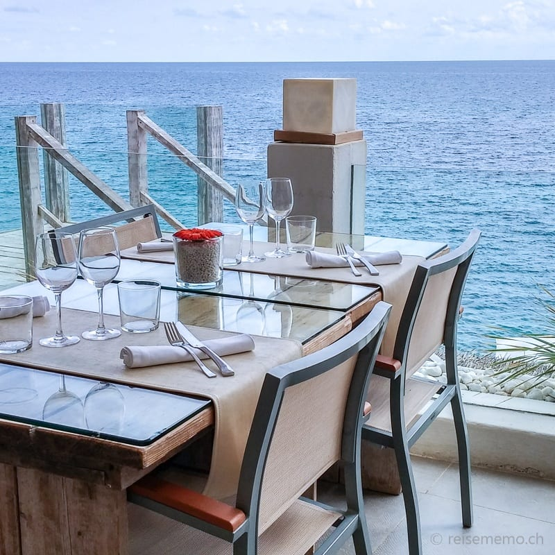Dining table with view in the Amante Ibiza Beach Club