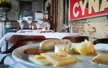 Weisswurst und Käse in der Giesserei Oerlikon