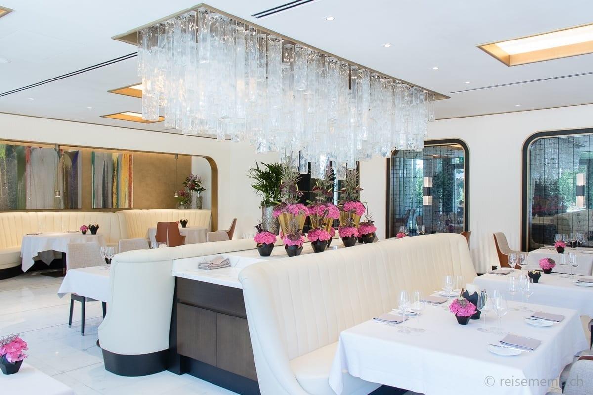 Interior of Restaurant Ecco in the Atlantis by Giardino Hotel
