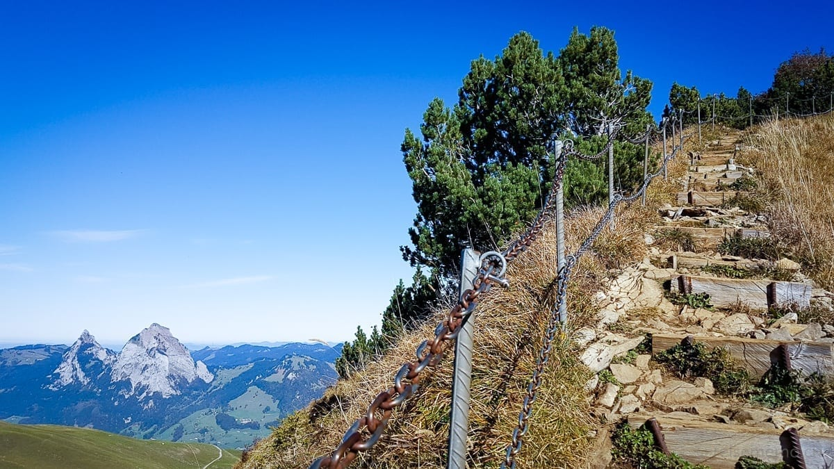 Ridge hike: Fronalpstock to the Klingenstock