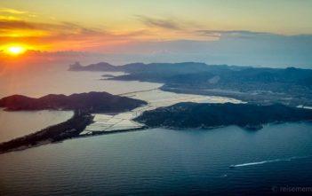 Sonnenuntergang beim Anflug auf Ibiza