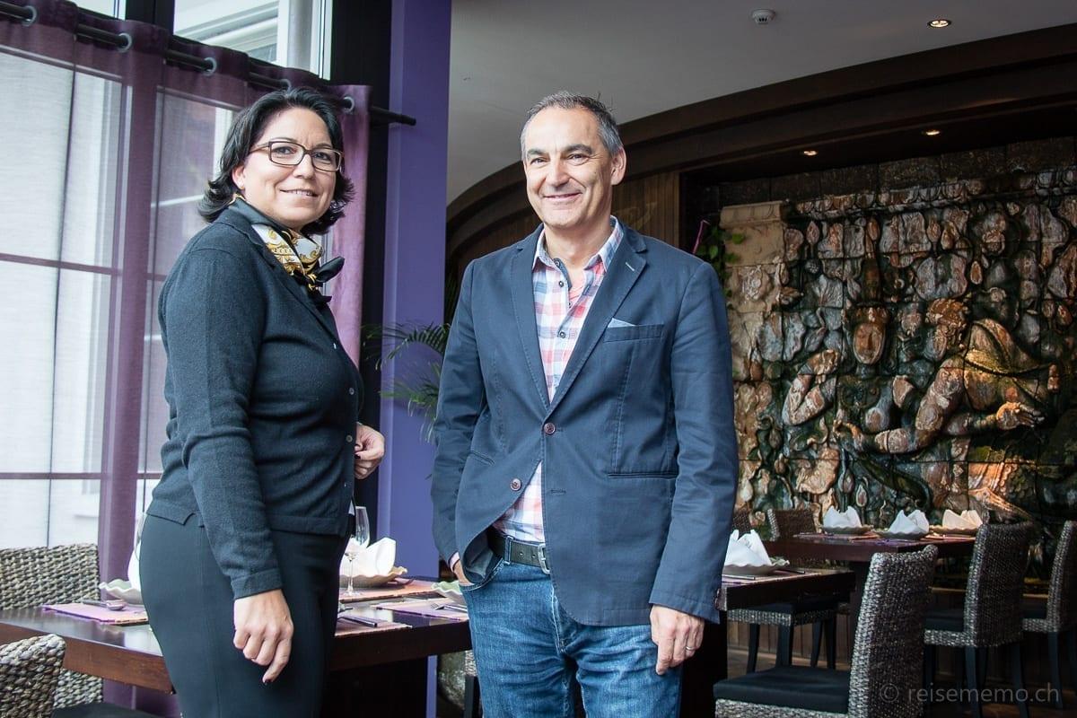 Karin Zubler, Marketing Verwantwortliche, mit Hotelinhaber Felix Suhner