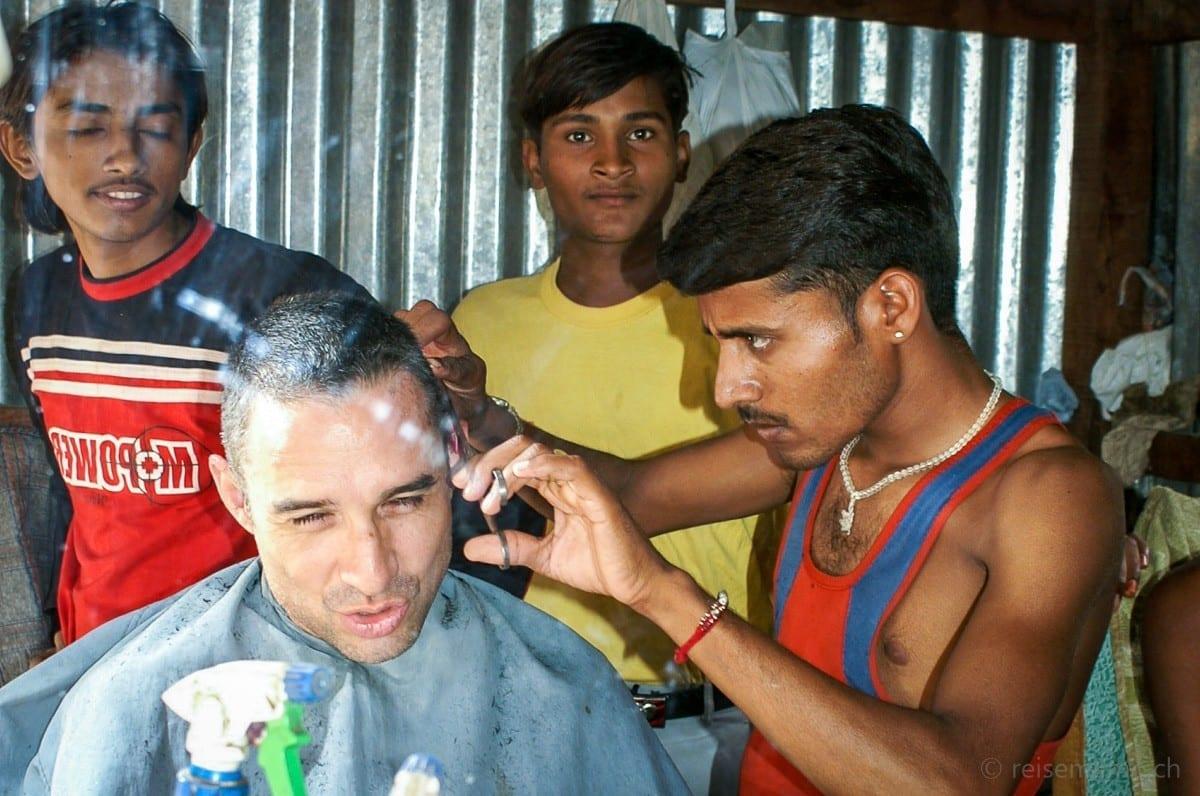 Walter Schaerer at a coiffeur salon in Rajasthan