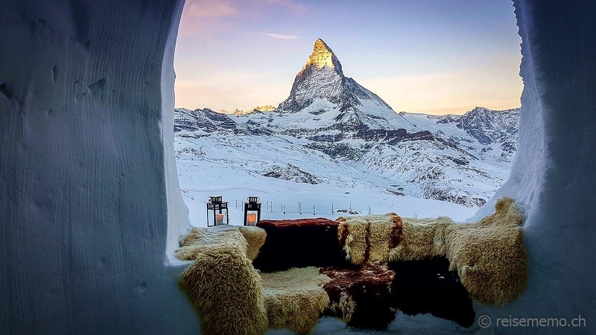 Aussicht aufs Matterhorn von der Romantik Suite
