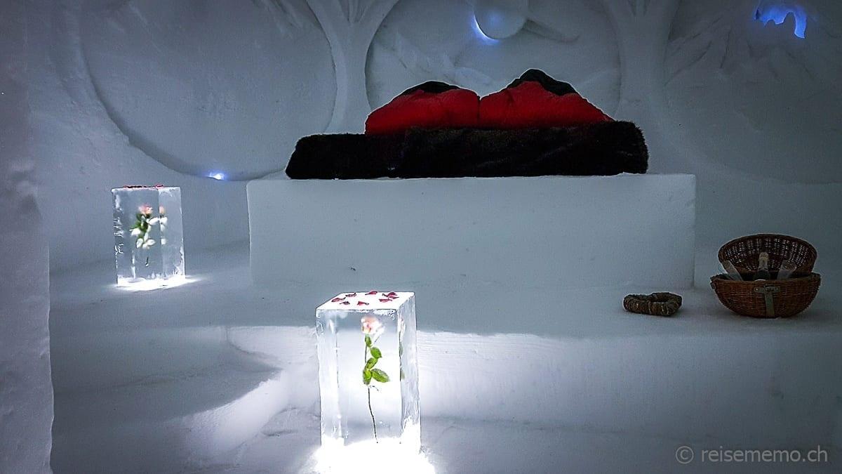 Schlafzimmer der Romantik-Suite