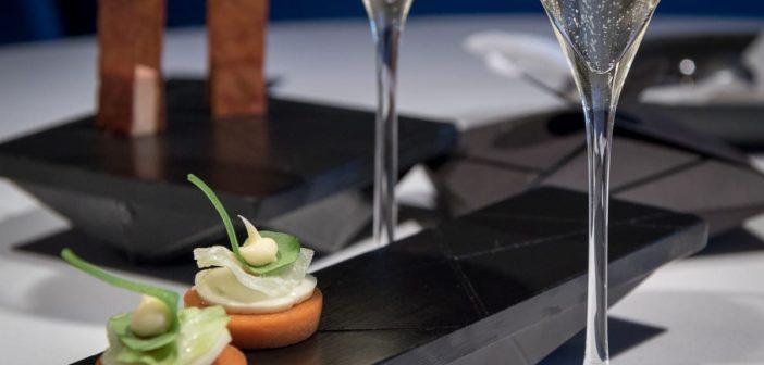 Paprika Tartelette zum Cremant 2014 aus der Bündner Herrschaft. Blanc de Blancs Brut - Weissburgunder aus der Magnum