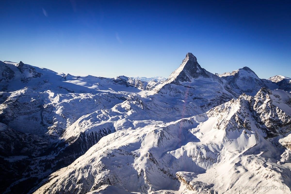 Matterhorn vom Helikopter aus