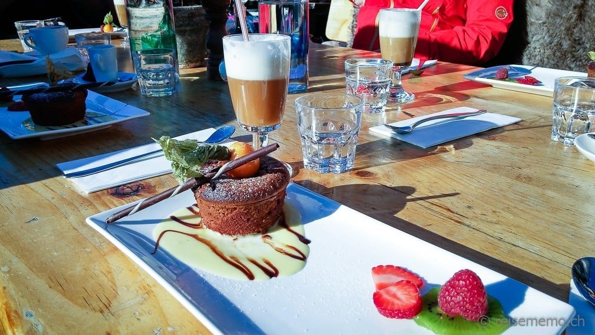 Schokoladenkuchen Restaurant Findlerhof Zermatt