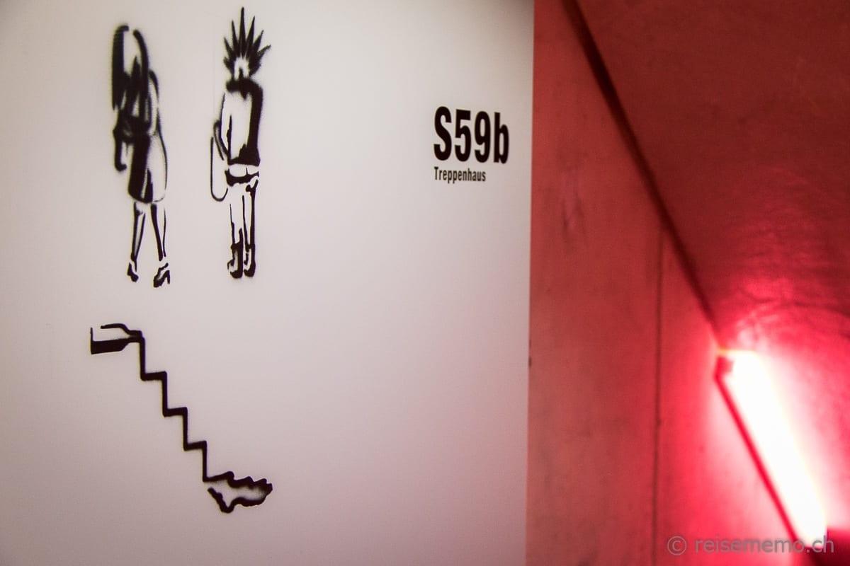 Treppe zur Toilette im Untergeschoss