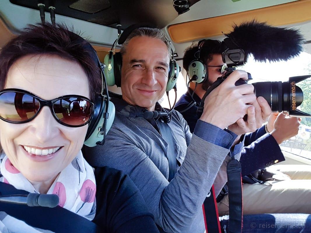 Katja und Walter im Helikopter