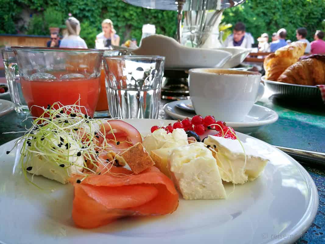 Cafe des Amis Brunch Frühstück