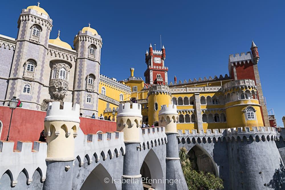 Zugang zum Palacio Nacional de Pena in Sintra