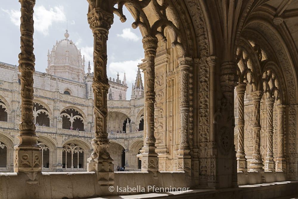 Sicht aus dem Kreuzgang im Mosteiro dos Jerónimos