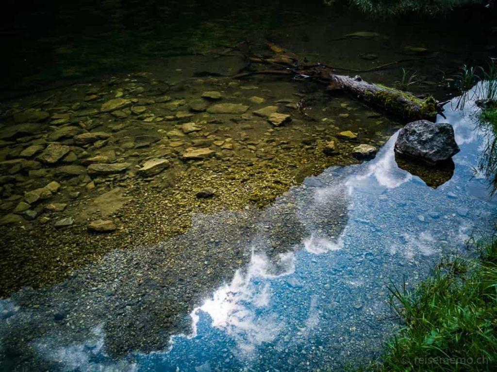 Sonnenspiegelung im Talalpsee