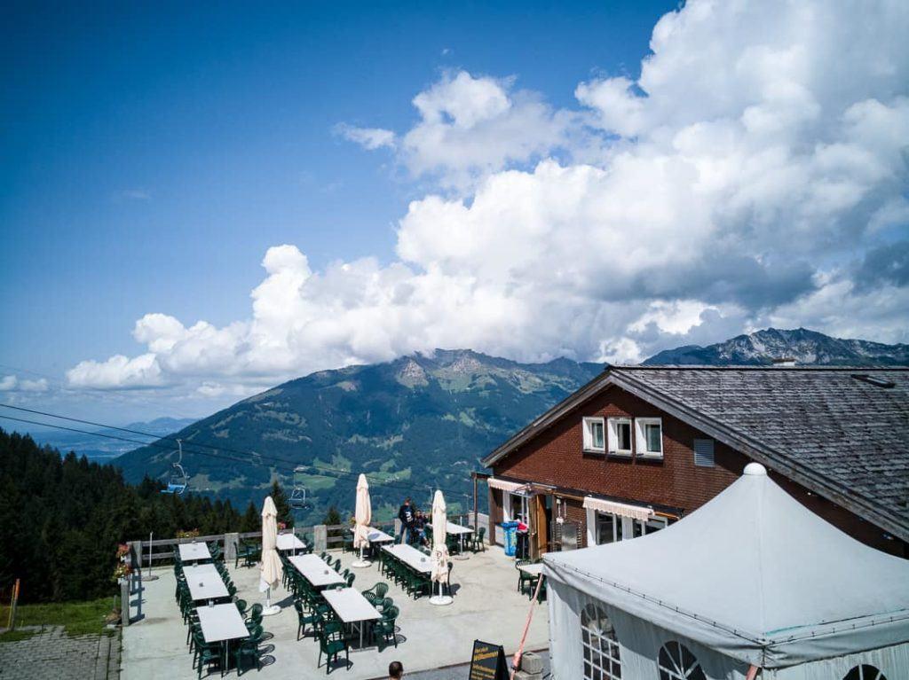 Aussicht von der Terrasse des Bergrestaurants Habergschwänd