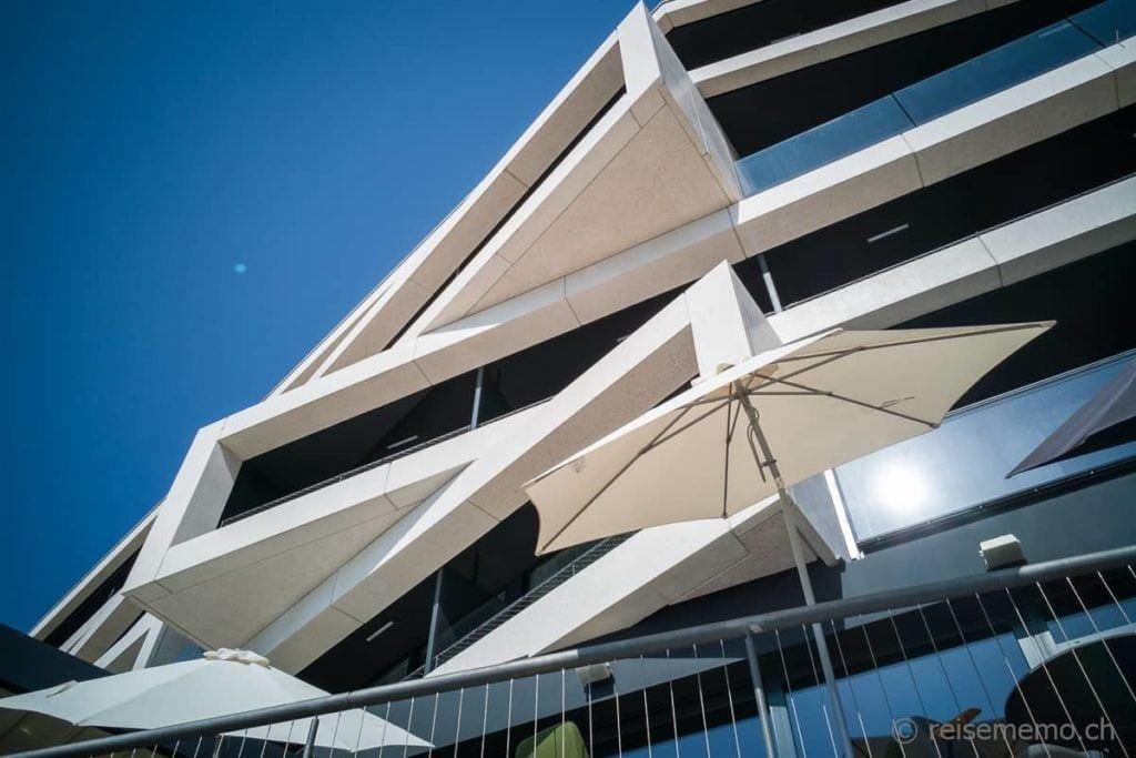 Fassade des Navis Hotel bei Opatija