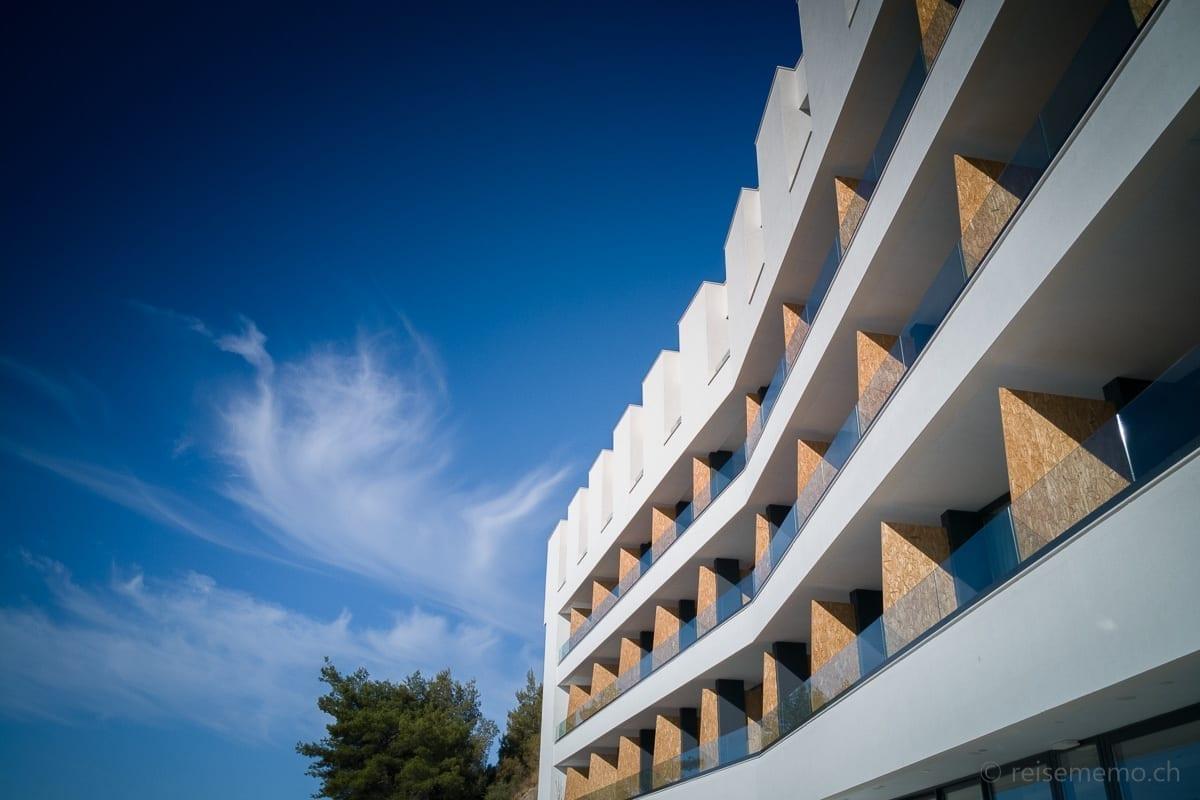 Ola Hotel Architektur mit Spanplatten