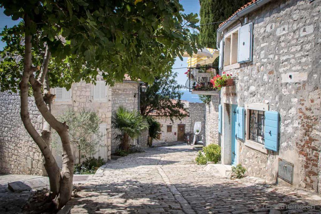 Malerisches Gässchen in Rovinj, Istrien, Kroatien