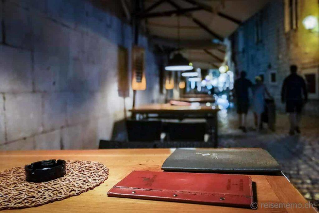 Restaurantterrasse in Trogir