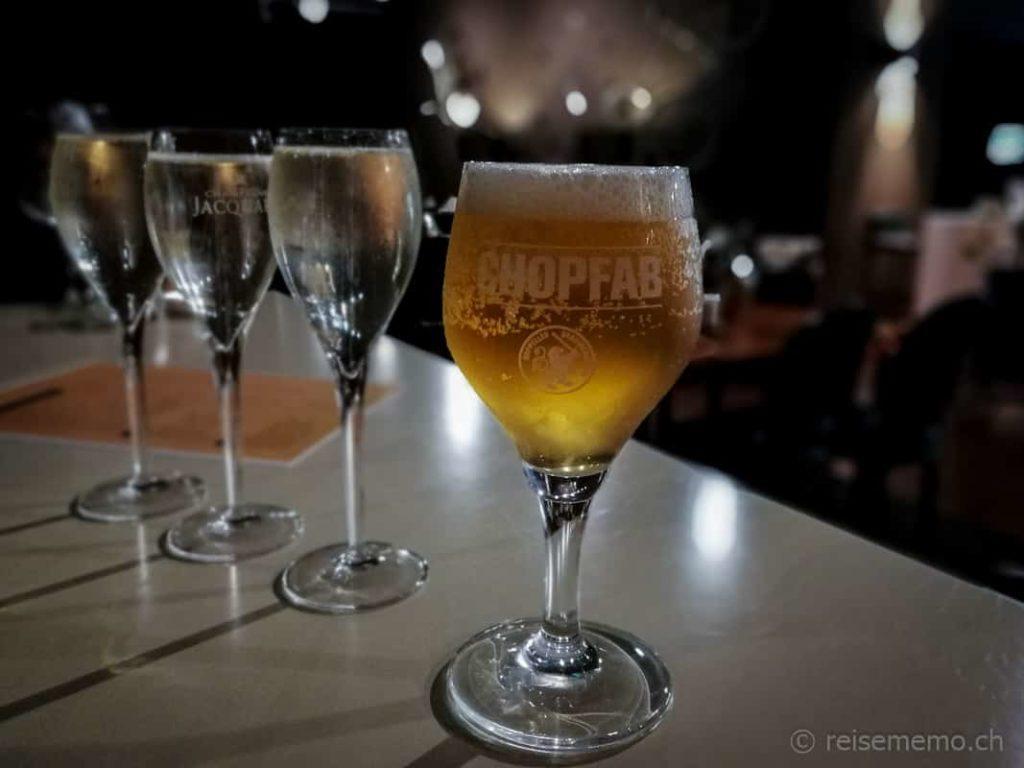 Golf Now Lounge Bier Chopfab und Prosecco